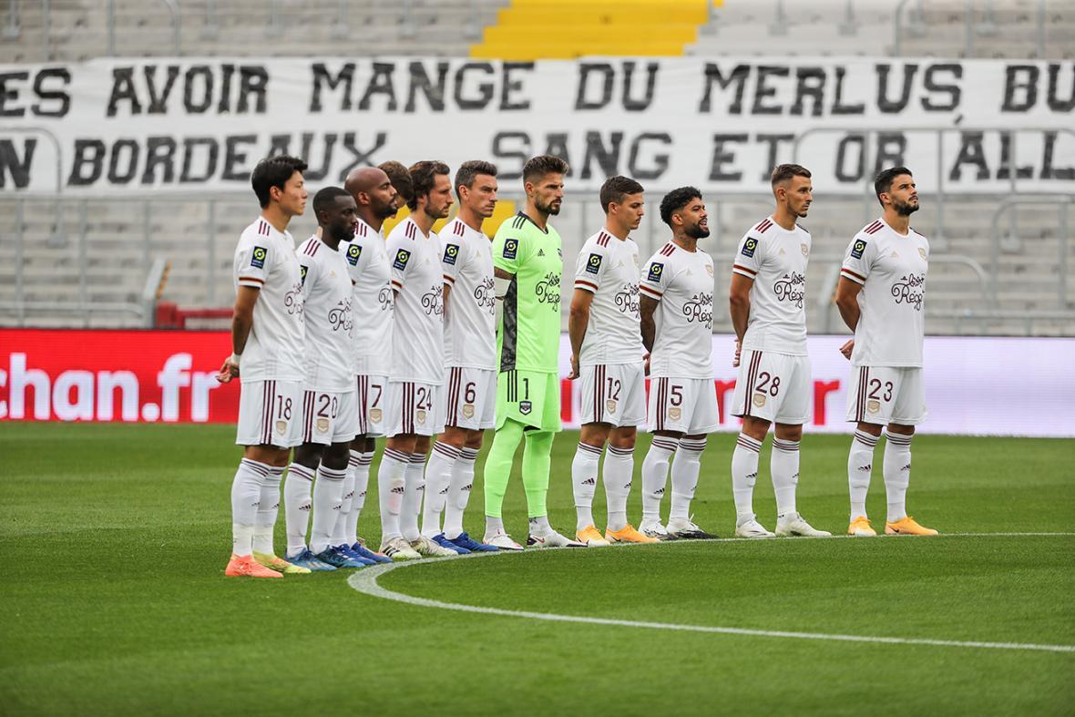 L'équipe avant le match à Lens