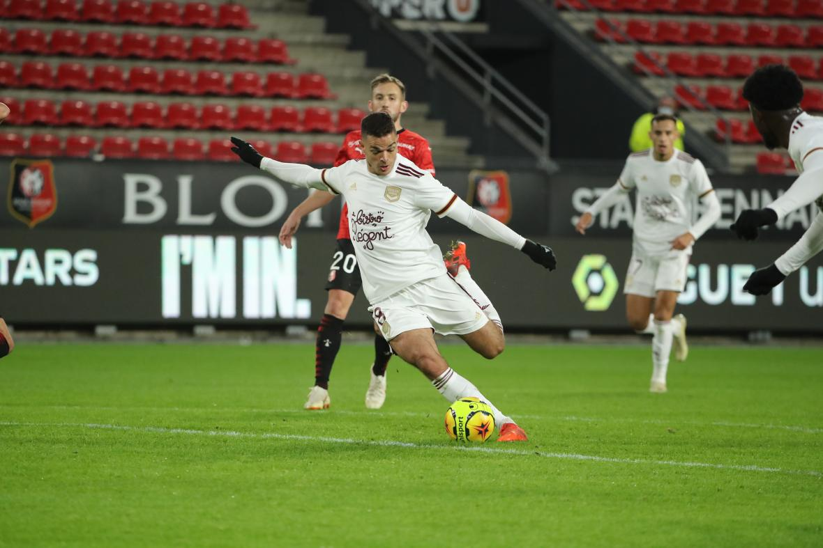 Tir d'Hatem Ben Arfa amenant à son but