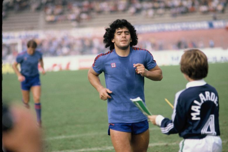 Diego Armando Maradona avec Barcelone à Bordeaux