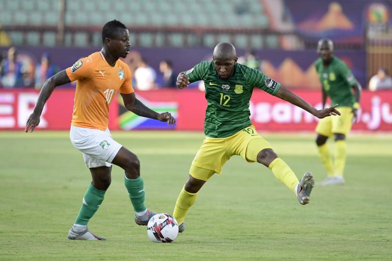 Jean-Michaël Seri avec la Côte d'Ivoire devant l'Afrique du Sud